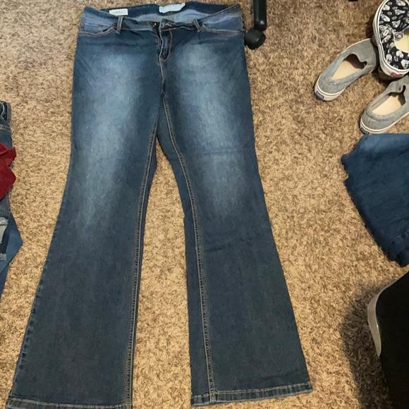 Torrid Luxe Slim Boot cut jeans size 18